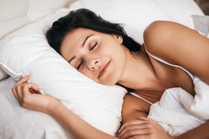 femme qui dors bien